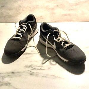 Men's Nike Zoom Attero Sneakers Size 11